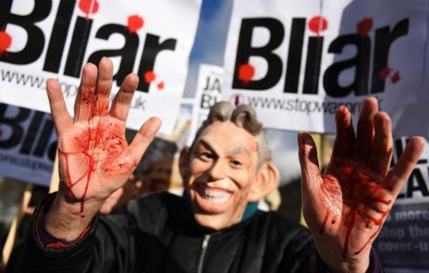 anti-war-campaigners-hold-protest-over-the-delay-in-the-publication-of-the-chilcot-inquiry-report